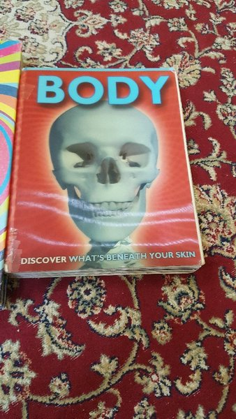 Used Books KNOW IT ALL AND BODY in Dubai, UAE