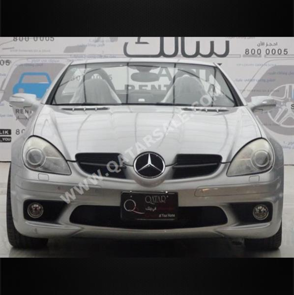 Used Mercedes Convertible  Slk 55 Amg Price 45000 Only Car Is In A Good Condition  in Dubai, UAE