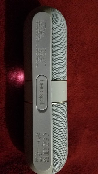 Used Beats Pill 2.0 in Dubai, UAE
