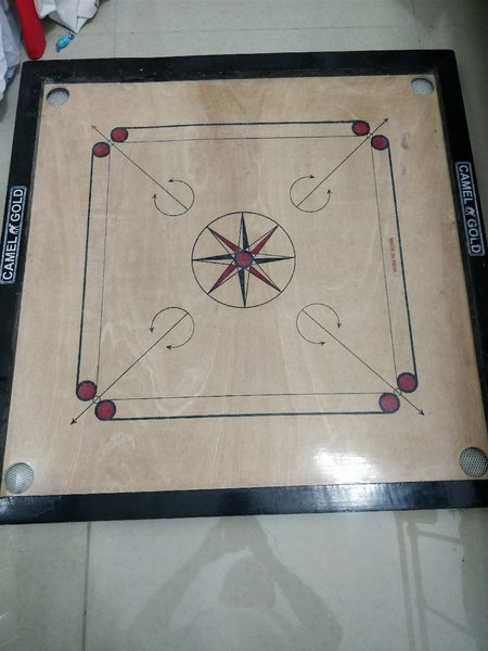 Used Carom board rarely used in Dubai, UAE