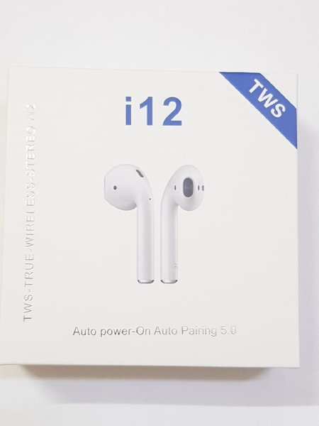 Used For iso android I 12 airpod white in Dubai, UAE