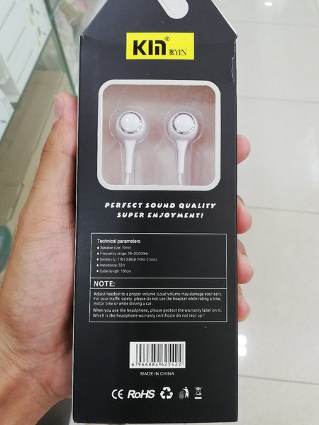 Used Headset White in Dubai, UAE