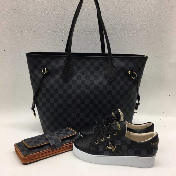 Used LV BROWN with shoulder bag in Dubai, UAE