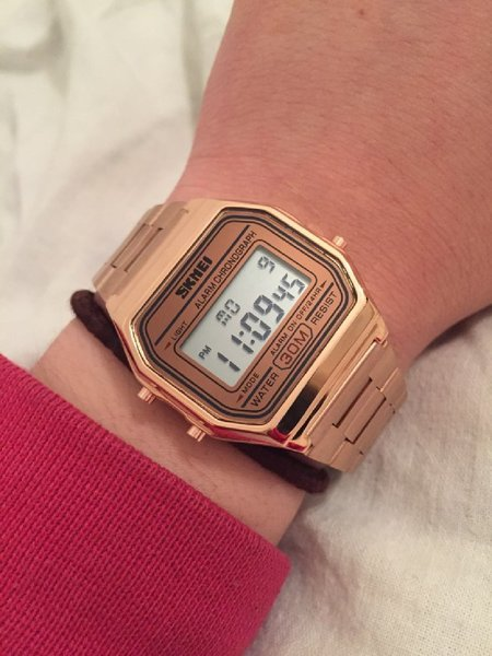 Used Classic Steel Watch for Unisex ♧RoseGold in Dubai, UAE