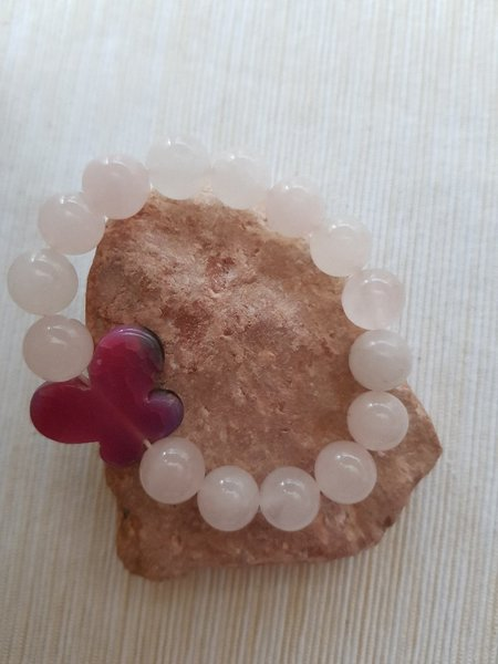 Rose quartz with butterfly stone