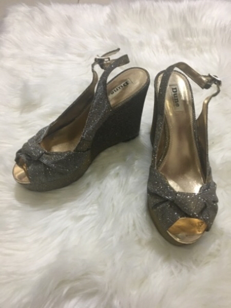 Used Dune shiny wedges in Dubai, UAE