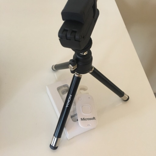 Used smartphone tripod + selfi remote in Dubai, UAE