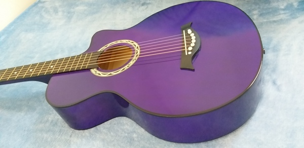 Used Brand New Acoustic Guitar Purple in Dubai, UAE