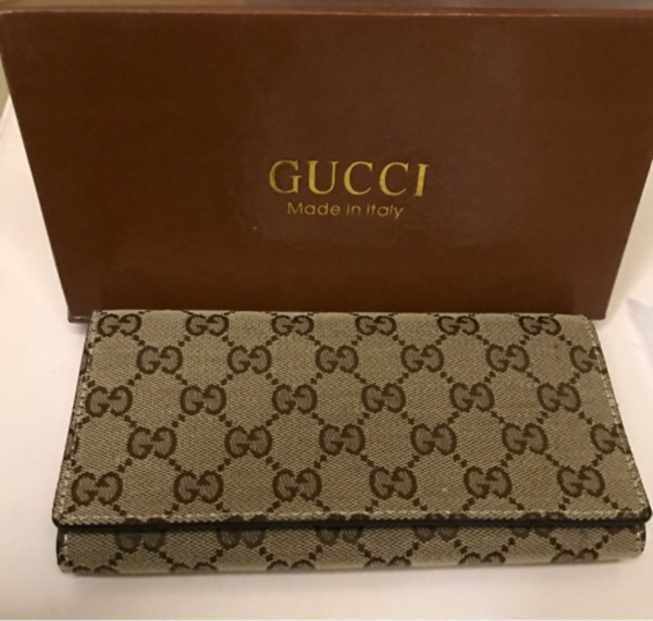 Used Women's wallet from GUCCI high quality  in Dubai, UAE