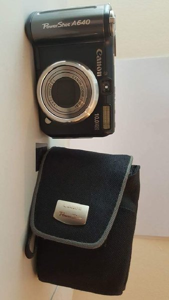 Used Canon PowerShot A640 10.0MP Camera in Dubai, UAE