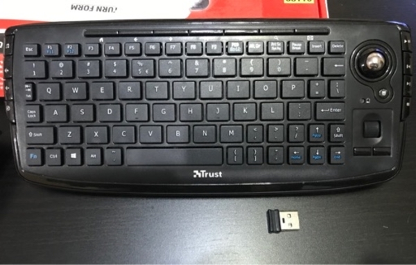 Used keyboard and mouse buttons control in Dubai, UAE