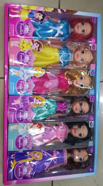 Used My First Fashion Doll set of 6 Dolls in Dubai, UAE