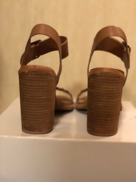 Used Steve Madden heels in Dubai, UAE