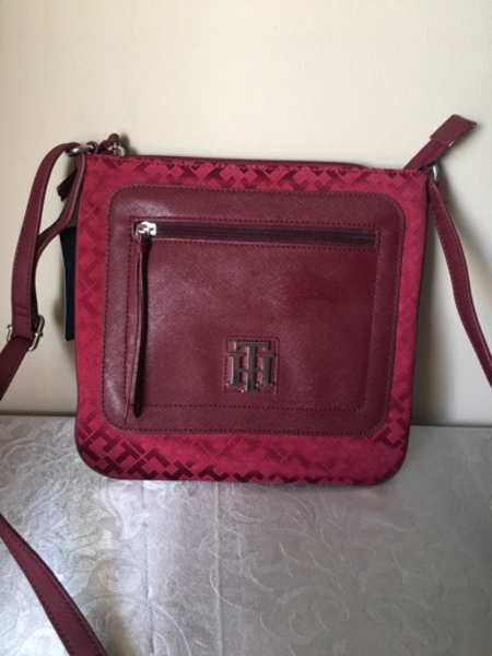 Used Tommy Hilfiger NEW Sling Bag in Dubai, UAE