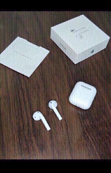Used AIRPODS GEN2 BOX IRELAND PACKED in Dubai, UAE