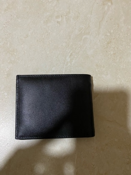 Used Men's Wallet ( Fake Versace wallet ) in Dubai, UAE