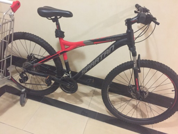 Used 2nd Hand Only One Month Used in Dubai, UAE