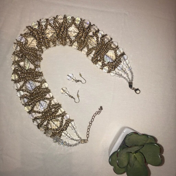 Used Two pieces jewelry  in Dubai, UAE