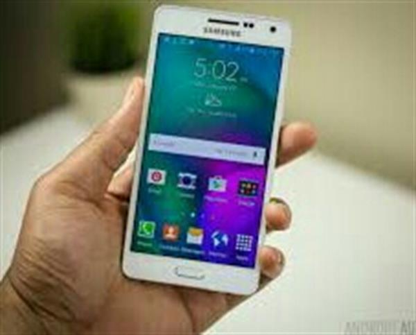 Used Samsung A5 Used Very Lightly Used Neet And Clean in Dubai, UAE