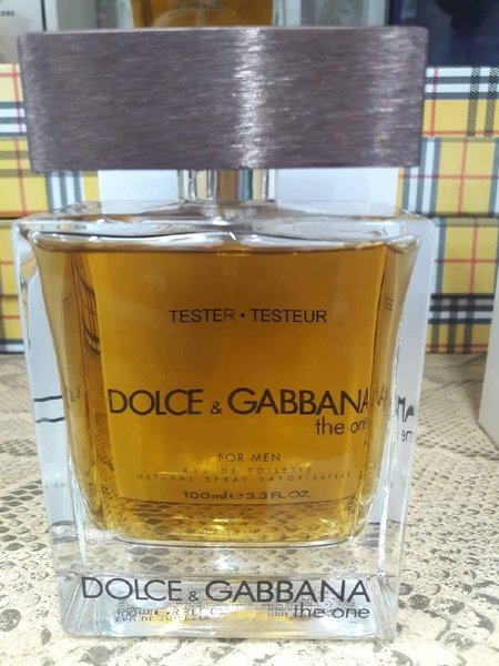 Used D&G the one for men perfume in Dubai, UAE