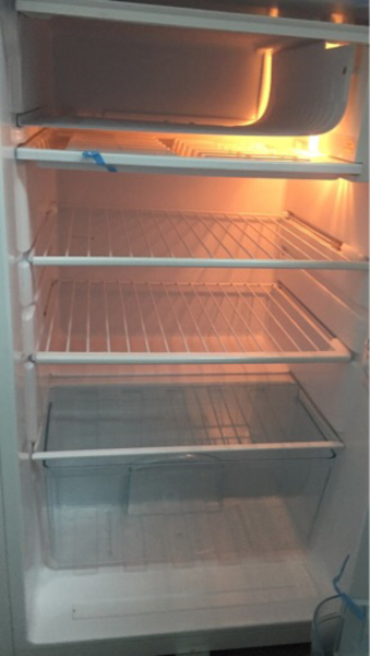 Used Fridge (in perfect condition) in Dubai, UAE