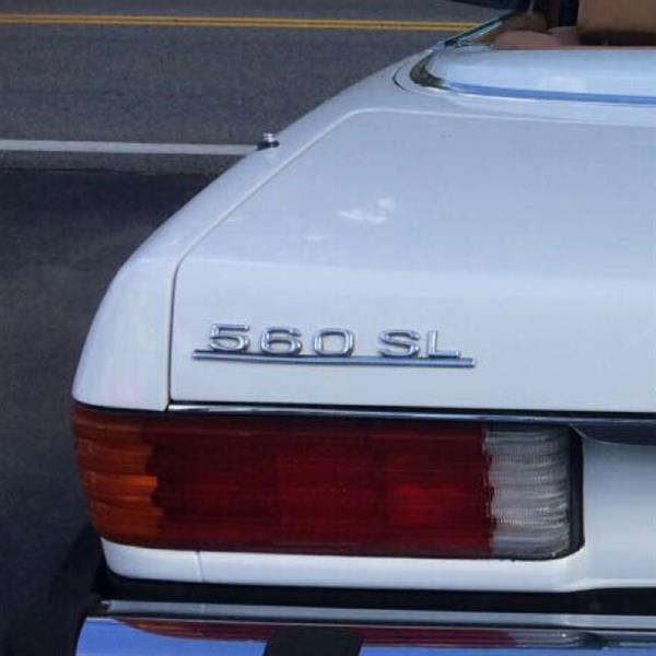 Used Benz SL560 1986 Edition Classic series in Dubai, UAE