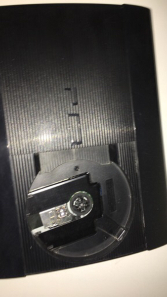 Used Play station 3 with controller  in Dubai, UAE