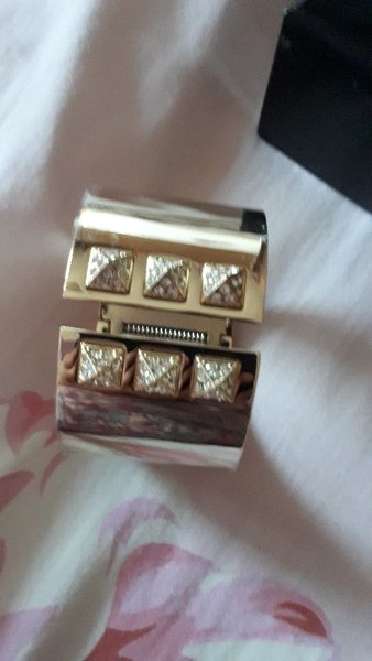 Used Victoria Secret Cuff NEW bracelet in Dubai, UAE