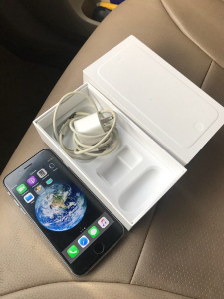 Used IPhone 6 64GB with FaceTime box charger in Dubai, UAE