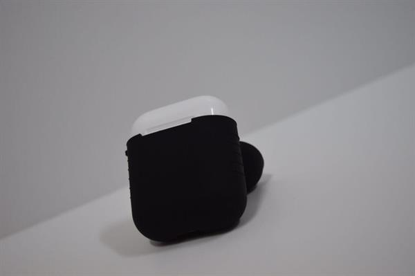Used Cover Black For AirPods  in Dubai, UAE