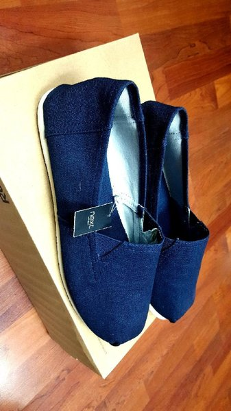 Used Canvas Slip-ons Brand new size 43 in Dubai, UAE
