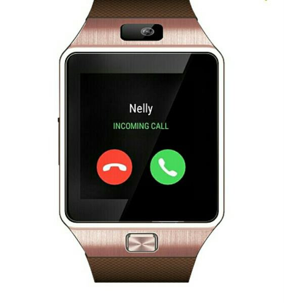 Used GOMAX W1 Watch Mobile Phone, Gold (Never Used) in Dubai, UAE