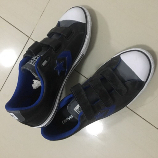 Used Converse shoes sneakers. New. 38 in Dubai, UAE