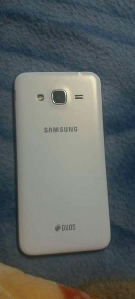 Used samsung j3  brand new  in Dubai, UAE