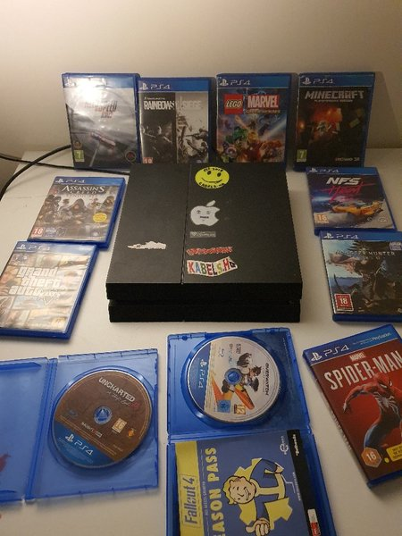 Used PS4 + 11 GAMES ( LIMITED TIME OFFER ) in Dubai, UAE