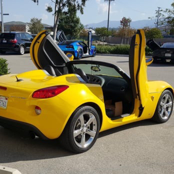 Used Universal Lambo Doors kit (vertical door in Dubai, UAE