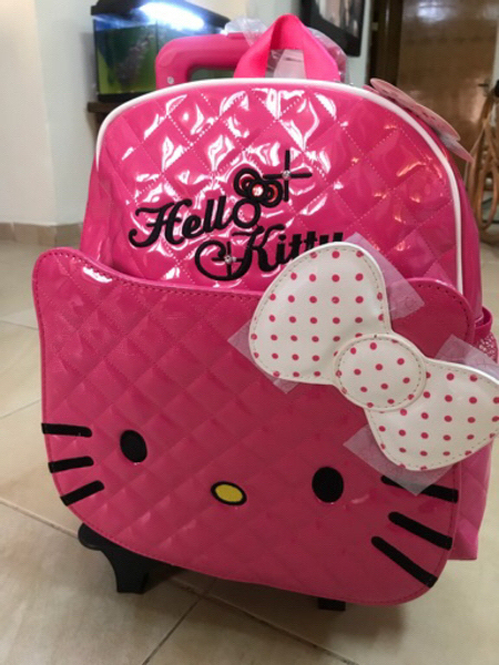 Used Hello kitty 🐱 bag 💼 in Dubai, UAE