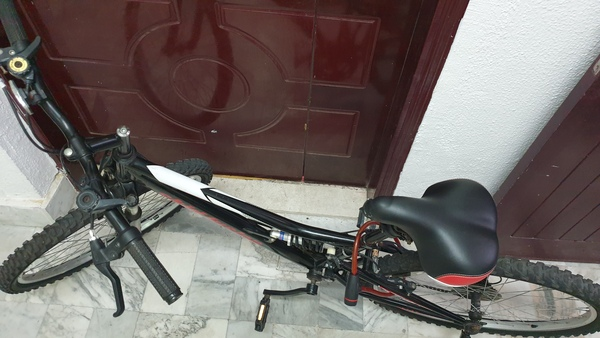 Used Skid fusion mountain bike in Dubai, UAE