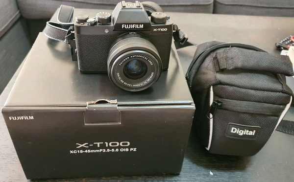 Used Fujifilm XT100 in Dubai, UAE