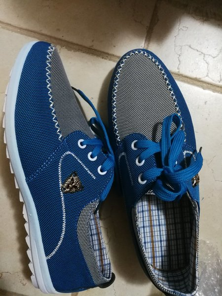 Used Brand new blue stylish men's shoes in Dubai, UAE