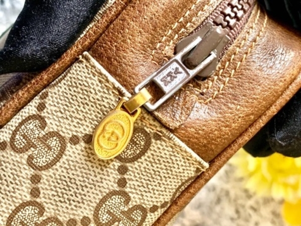 Used Gucci Parfums Pouch in Dubai, UAE