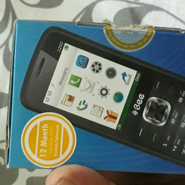 Used Bee Mobile New (Warranty Finish It Was A in Dubai, UAE