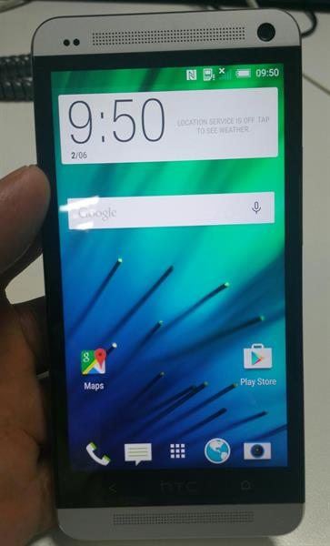 Used HTC ONE 2GB RAM 64 GB ROM LOOK LIKE NEW ONLY MOBILE NO ACCESSSORIES in Dubai, UAE