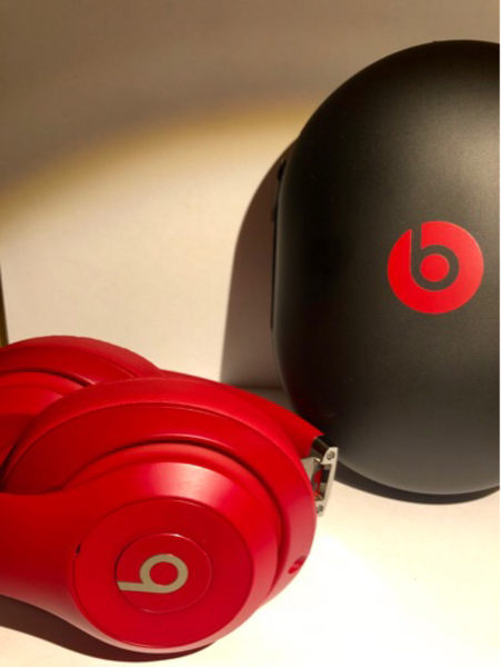 Used BEATS STUDIO 3 WIRELESS ON-EAR in Dubai, UAE