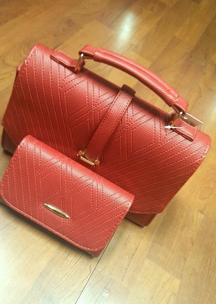 Used Luxury Leather Bag with Matching Wallet in Dubai, UAE