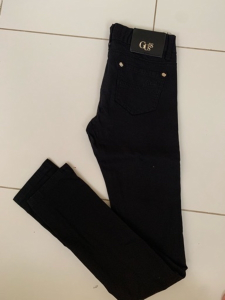 Used Guess skinny jeans in Dubai, UAE