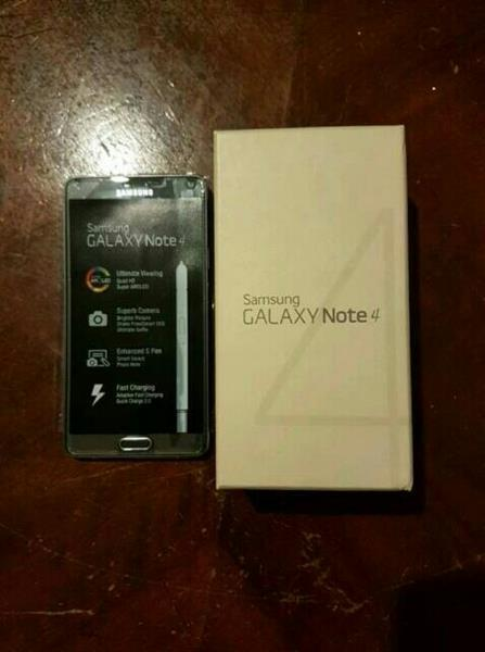 Used Note 4 Used ( Bettery Need To Be Replaced ) in Dubai, UAE