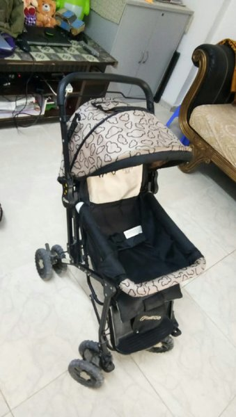 Used Bicycle and stroller in Dubai, UAE