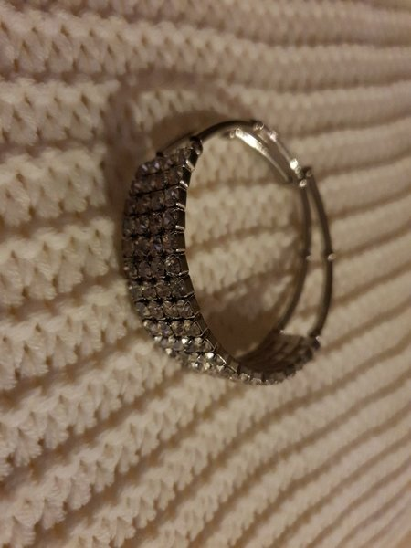 Used Silver shiny bracelet in Dubai, UAE