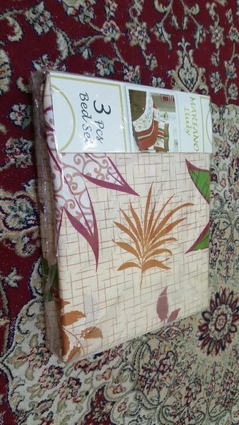Used Three pieces Bedsheet set BRAND New in Dubai, UAE